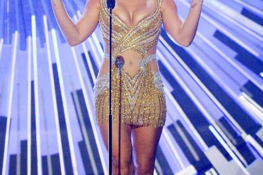 BuzzFeed: Britney è iconica!