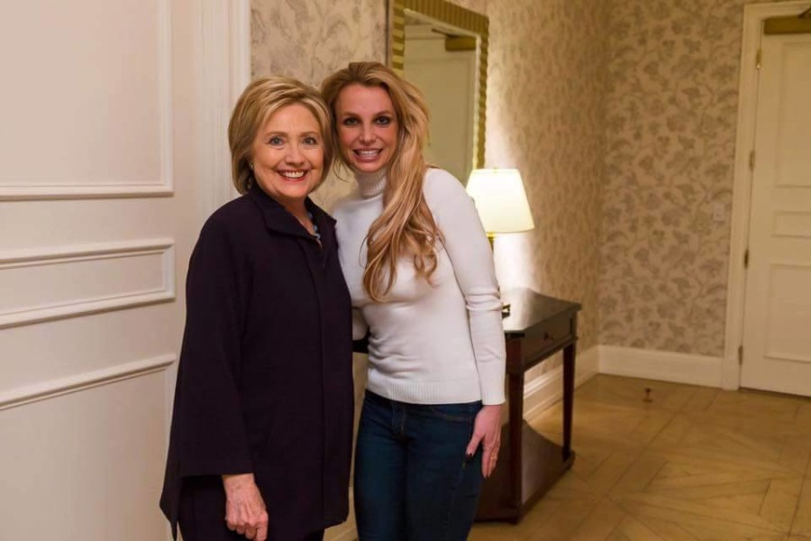 Britney incontra Hillary Clinton