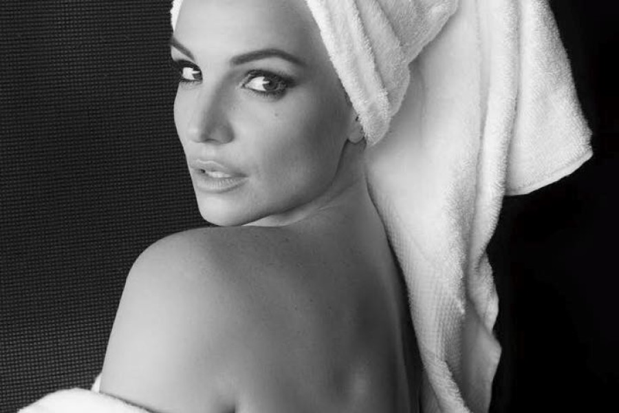 Britney Spears per #TowelSeries